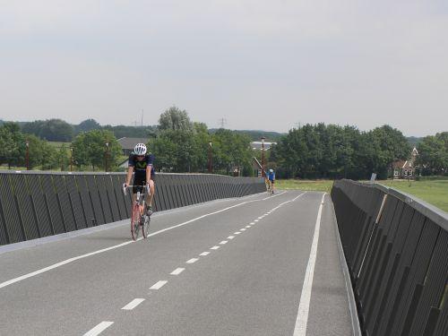 cyclist race bike netherlands