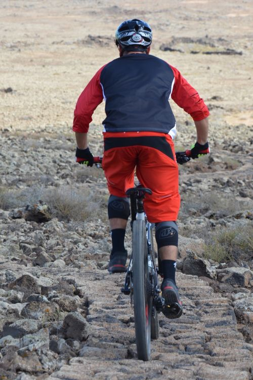 cyclist man sports
