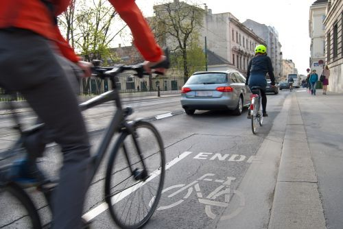 cyclists cycle path traffic
