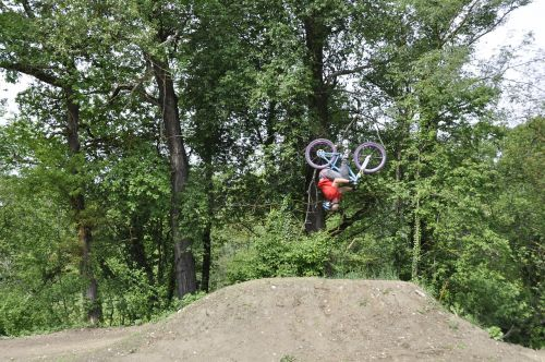cyclists acrobatic sport