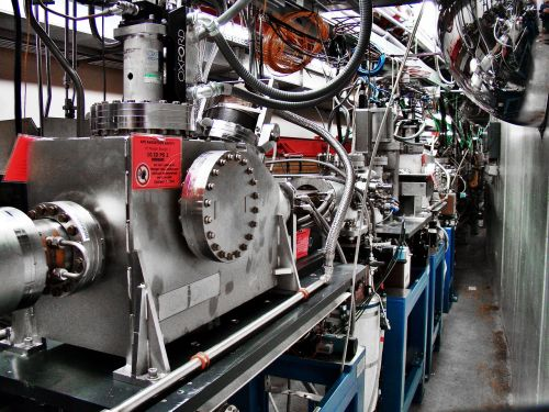 cyclotron the electrons apparatus