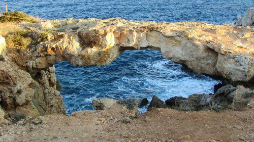Kipras,cavo greko,natūralus tiltas