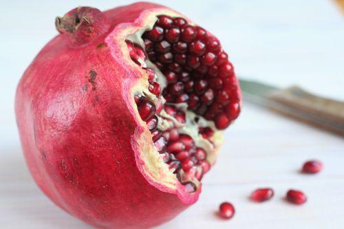 Garnet Red - Fruit