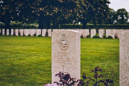 d-day  cemetery  british