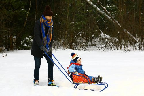 dad sled baby