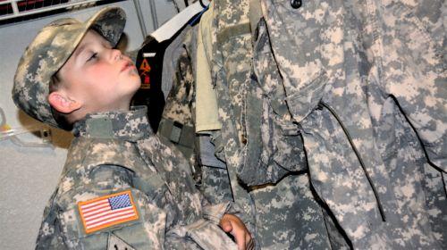 tėtis, fonas, kariuomenė, acu, uniforma, tėčio spintelė acu skaitmeninė uniforma