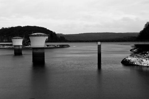 užtvankos,ežeras,vandens sulaikymas