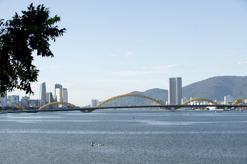 danang  dragon bridge  scenery