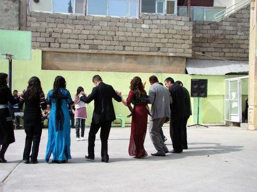 dance kurdistan folk dance