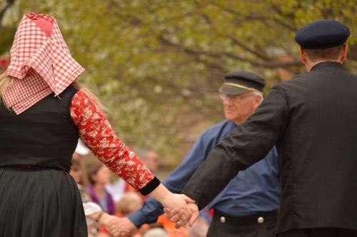dance traditional dutch