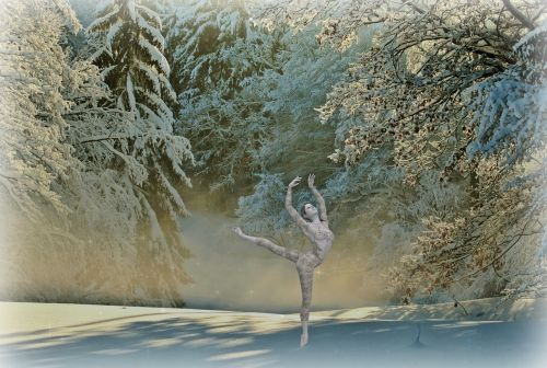dancer woman winter