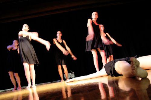 dancers dance music