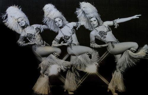 dancers cabaret performer