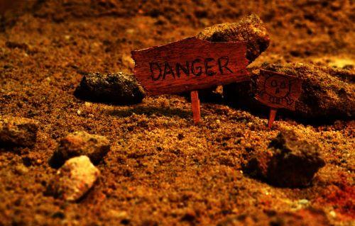 danger dangerous lost