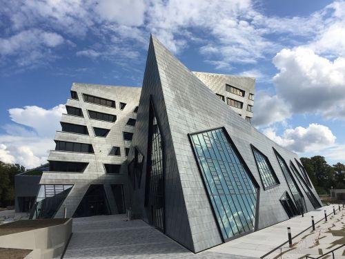 daniel libeskind architecture modern