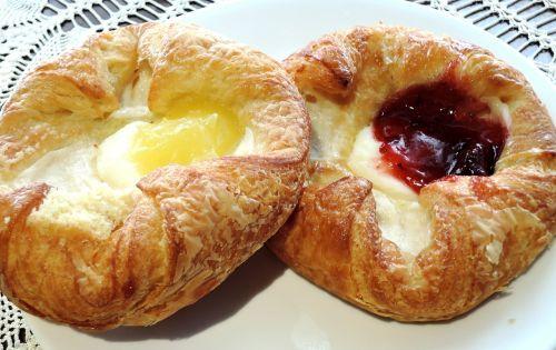 danish pastry cream cheese jam