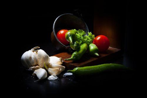 dark mood food vegetables lichtspiel