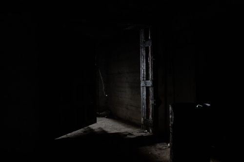 darkness light minimalism