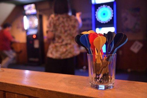 darts  bar  darter