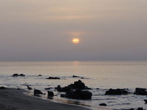 dawn coast sky