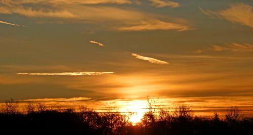 dawn break of dawn light