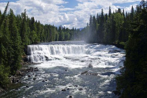 dawson falls wells gray provincial park