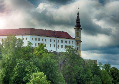 děčín castle sky