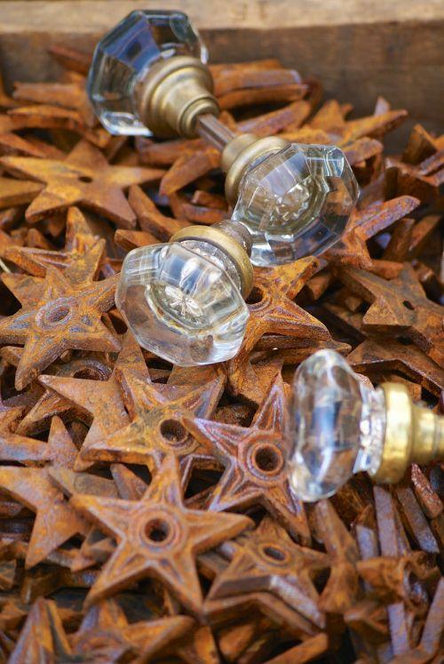 decor knobs rust