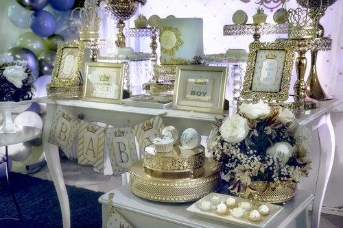 decoration  arrangements  tables