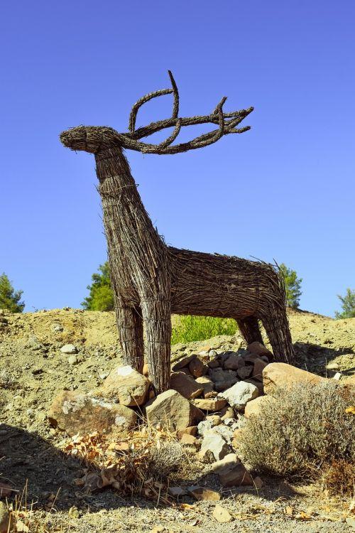 deer sculpture dried reeds sculpture