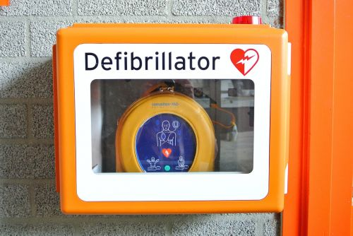 defibrillator revival first aid