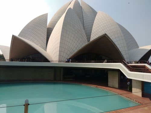 delhi lotus temple swimming pool