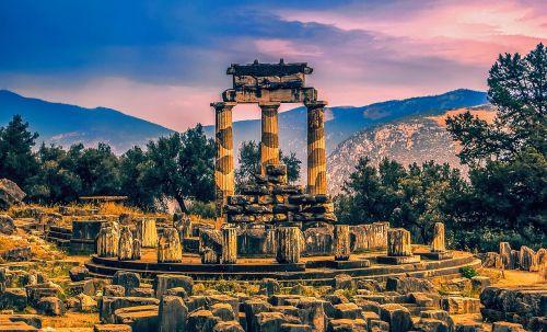 Delphi,orakulas,orafelis Delphi,Graikija,paminklas,istorija,gamta,paslaptis