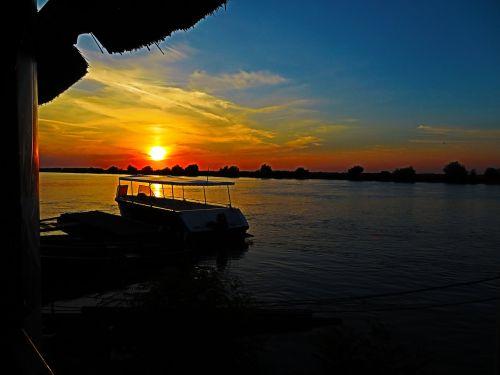 delta danube sunset