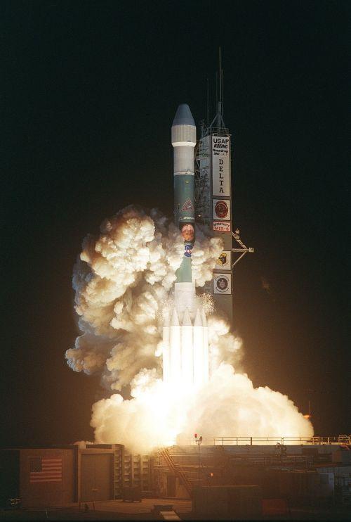 delta ii heavy rocket nasa