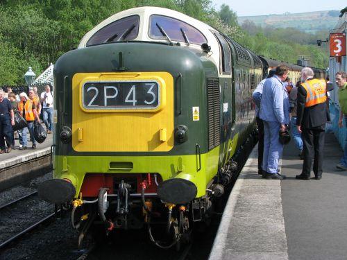 deltic diesel engine