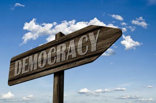 demokratie directory shield