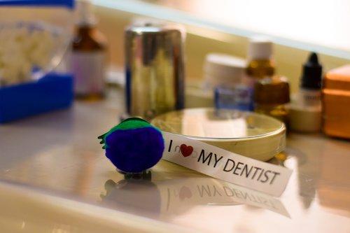 dentist  medicine  scientist