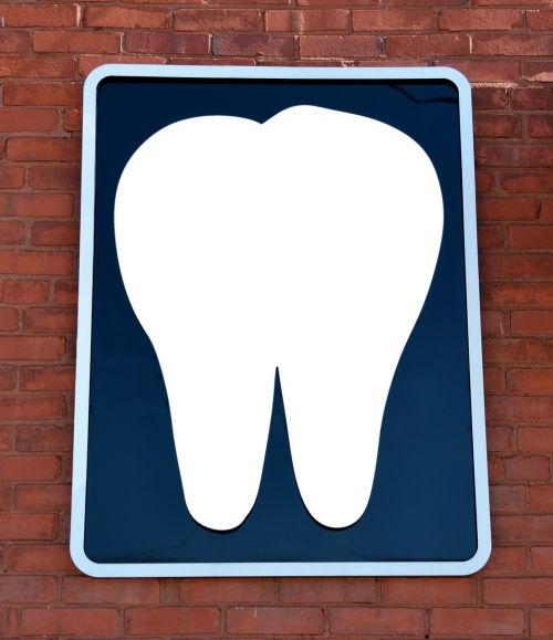 dentist office sign wall