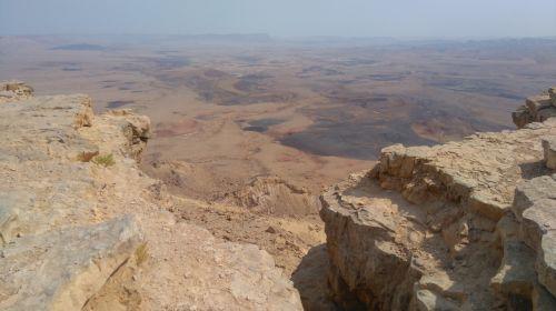 desert israel ramon crater