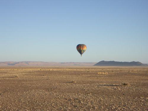 desert heisslufballon wanderlust