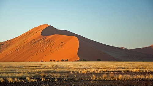 desert  sand  red