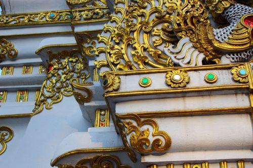design ornate gold