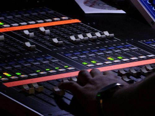 desk mixer music studio