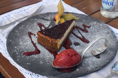 dessert ice cream cheesecake