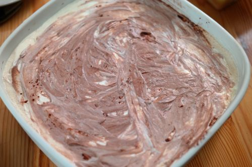 dessert buttercream chocolate cream