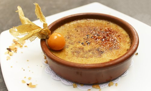 dessert  crème brûlée  cream
