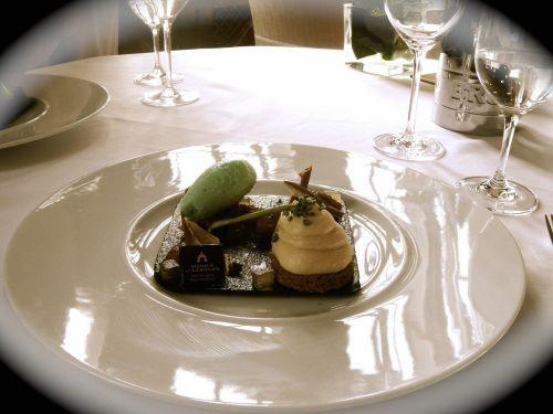 dessert fine cuisine gourmet