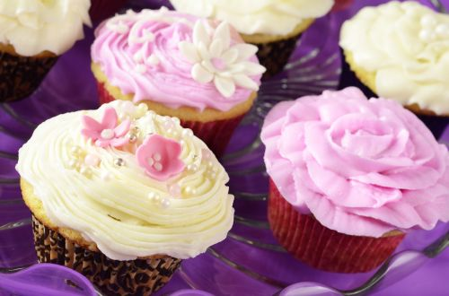 desserts cup cakes food