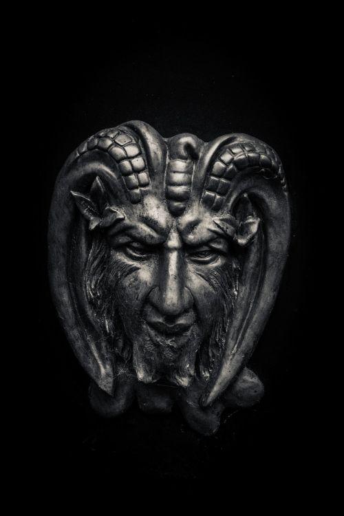 devil horns demon